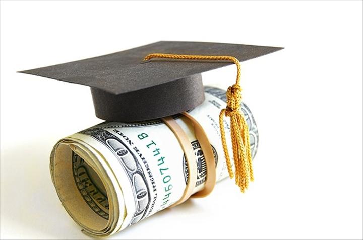 Bourses pour les étudiants adultes